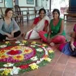 Ein Blumenteppich zu Onam