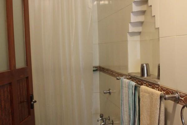 BASIS Reisen Badezimmer